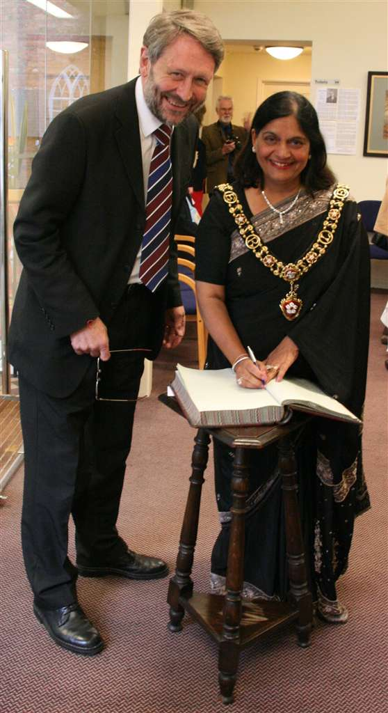 Sir Peter Soulsby and Cllr. Manjula Sood