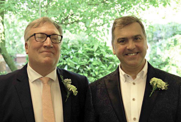 leicester-unitarians wedding Simon Hall and David Kent.